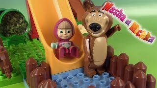 Masha et l'ours Mishka Маша и Медведь Jeu de construction Piscine de Masha's Pool Lego Blocks
