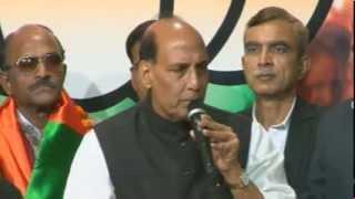 Former Army Chief General VKSingh & Other Eminent Ex-Servicemen join BJP