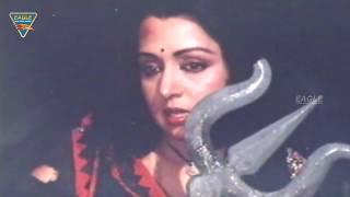 Galiyon ka Badshah Movie || Hema Malini Attack On Villains || Raaj Kumar, Mithun Chakraborty