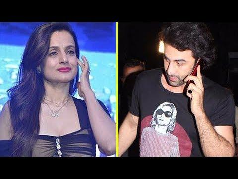 Ranbir Kapoor RUNS Away Seeing Ameesha Patel At A Party