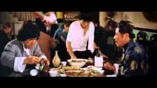 Jackie Chan - beim essen