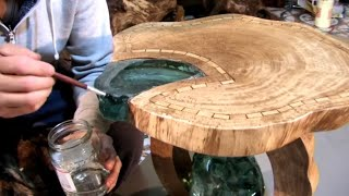 Table of wood and crystals. Стол из дерева и хрусталя.