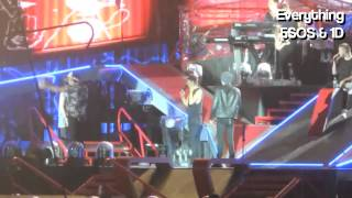 One Direction singing Covers in Where We Are Tour 2014