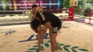 Dieselnoi with Sylvie 10 Minutes of the Nak Muay Nation Session