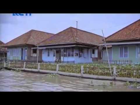 Film Bioskop Indonesia Ada Surga Di Rumahmu 2015 Full Version HD