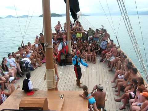 Barco Pérola Negra Canasvieiras SC 2