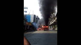 Mumbai BEST Bus in Fire Flames Near Andheri Flyover