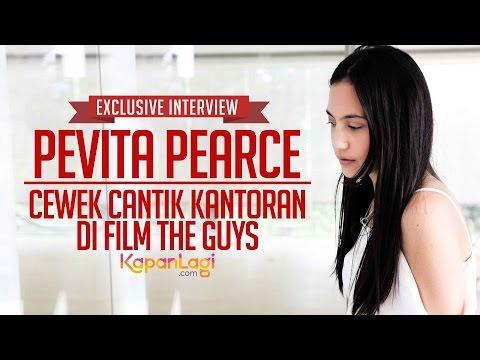 Pevita Pearce Si Cewek Kantoran di Film The Guys