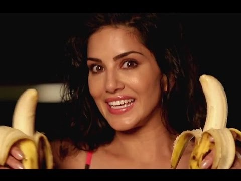 Porn Girl SUNNY LEONE wants BIG BANANAS