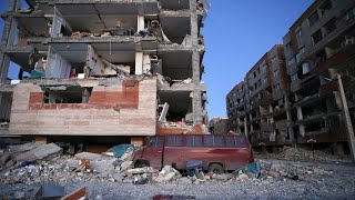 Iran-Iraq earthquake survivor: 'We could see the house collapsing'