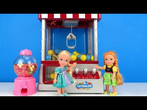 Xxx Mp4 Claw Machine Elsa And Anna Toddlers Win Prizes Arcade Game Room 3gp Sex