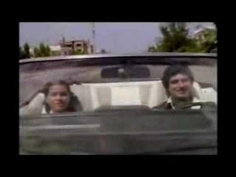 Clip from Insaaf Ka Tarazu (1980), starring Raj Babbar. Plz comment.
