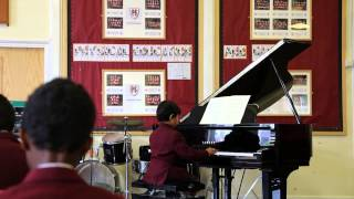 Little Fingers: Burgmüller Tarantella (7 years old's lively and fast performance )