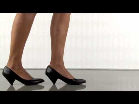 Paris Hilton Pamela in Black Patent Leather