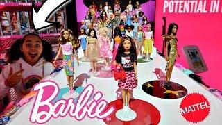 Barbie & Ken Dolls Fashion Show Party | Toys AndMe Presents