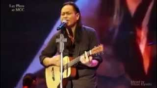 Yone Kyi Yar || Lay Phyu new song (live version)