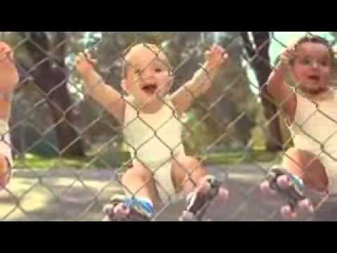 Rollerskating Babies.wmv