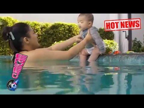 Hot News! Luar Biasa Anang dan Ashanty Ajari Arsya Berenang - Cumicam 16 Mei 2017