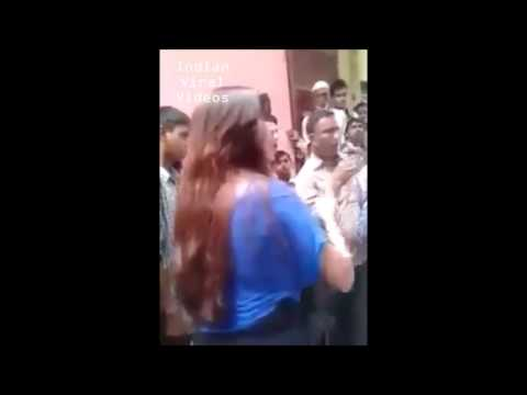 Two Girls Very Badly Abusing In the Street Live Recorded !! Indian Viral Videos lx2Qk5P1Djs