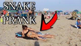 SNAKE PRANK IN THE BEACH!!