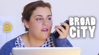 Broad City - Exclusive - Nicole Memos