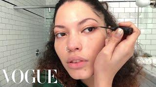 R&B Singer Maxine Ashley Has the Secret to a Perfect Cat Eye | Beauty Secrets | Vogue