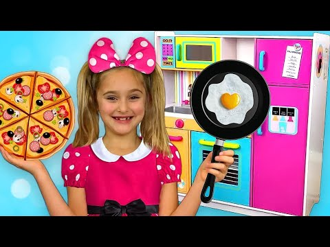 Xxx Mp4 Sasha Go To Minnie And Mickey Mouse Party And Cooking With Toy Kitchen Play Set 3gp Sex