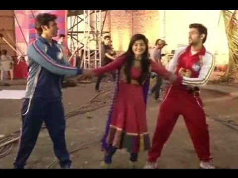 Aur Pyaar Ho Gaya TV Serial Cricket Match Between Raaj Samarth Avni