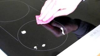 Cleaning a Glass Cooktop (Electric or Induction)