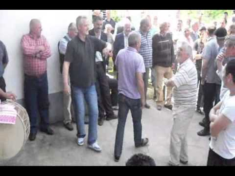 Krushë e Madhe Reti valle burrash në dasem