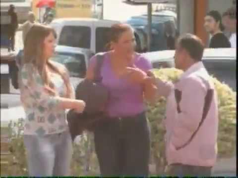 Pegadinha Abraçando Homens Casados Programa Silvio Santos 24 02 2013