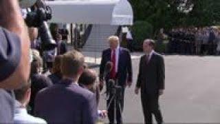 Trump defends Pelosi in fight with new Democrats
