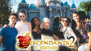 Going to DISNEYLAND With the Cast of DESCENDANTS 2?!