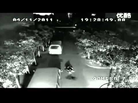 Gempar Rakaman Video Lelaki Disambar Petir Dua Kali
