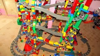 NEW LEGO Duplo 11 level Train Circuit - Mega Buildings!