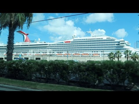 Cruise Vlog⎮8/21/17⎮~Cruise Day 1! All Aboard the Carnival Valor!!~