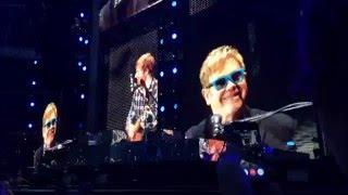 Ed Sheeran & Elton John - Afire Love (Wembley 2015)