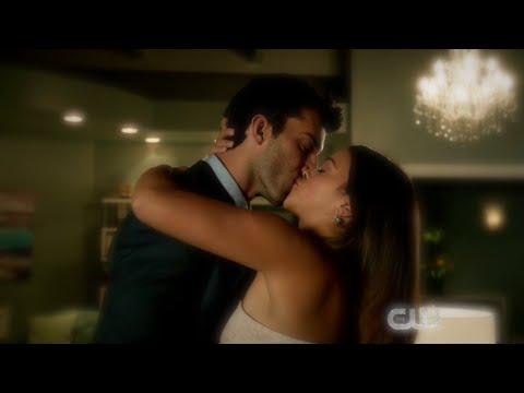 Xxx Mp4 Jane The Virgin 1x09 Jane And Rafael Romantic Kiss Scene 3gp Sex
