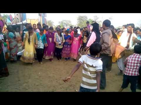 Tusu makar parab dance by collage girl....all are enjoying this dance
