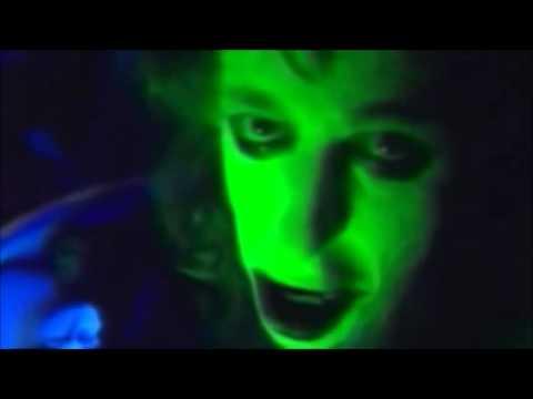Alien Sex Fiend - Now I'm Feeling Zombified (video)
