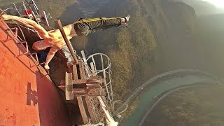 Dominik Sky - Human Flag on 360 meters (1181 feet) HD