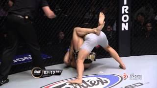 ONE Championship 40 - Martin Nguyen nocauteia Li Kai Wen, após sequência brutal