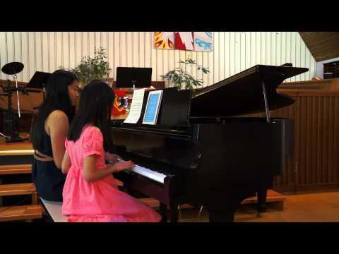 Julia & Angelina Lee - Eine Kleine Natchtmusik (Mozart)