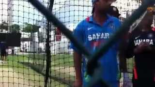 Rohit Sharma   Praveen Kumar abusing indian fans.mp4