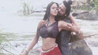Karthika Trying To Impress Santhosh - Apsaras Tamil Movie Scene