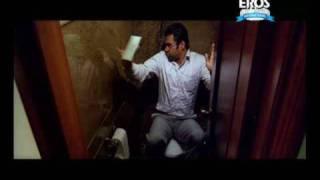 Sunil Shetty likes his new toilet | One Two Three