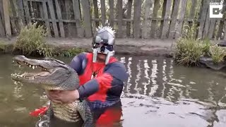 Man Dressed in Deadpool Costume Wrestles Alligator Blindfolded