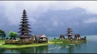 Gamelan Bali (Balinese Gamelan) - Traditional Music