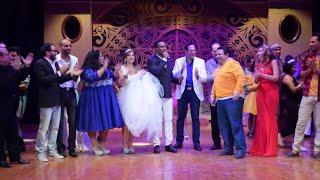 محمد رمضان يحتفل مع اسرة مسرحية اهلا رمضان بعيد ميلاد المخرج خالد جلال على خشبة مسرح الهرم