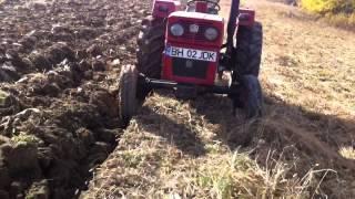Tractor UTB 445 La Arat